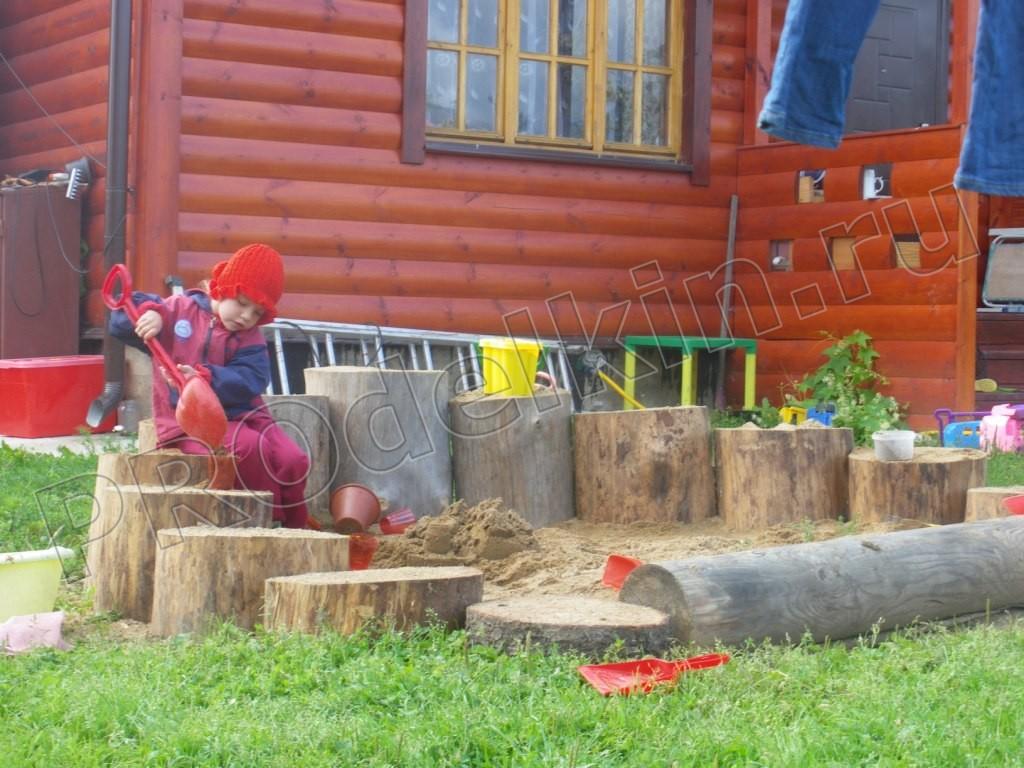 Поделки во двор из бревна