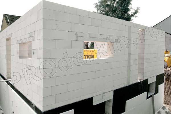 Строительство дома при помощи